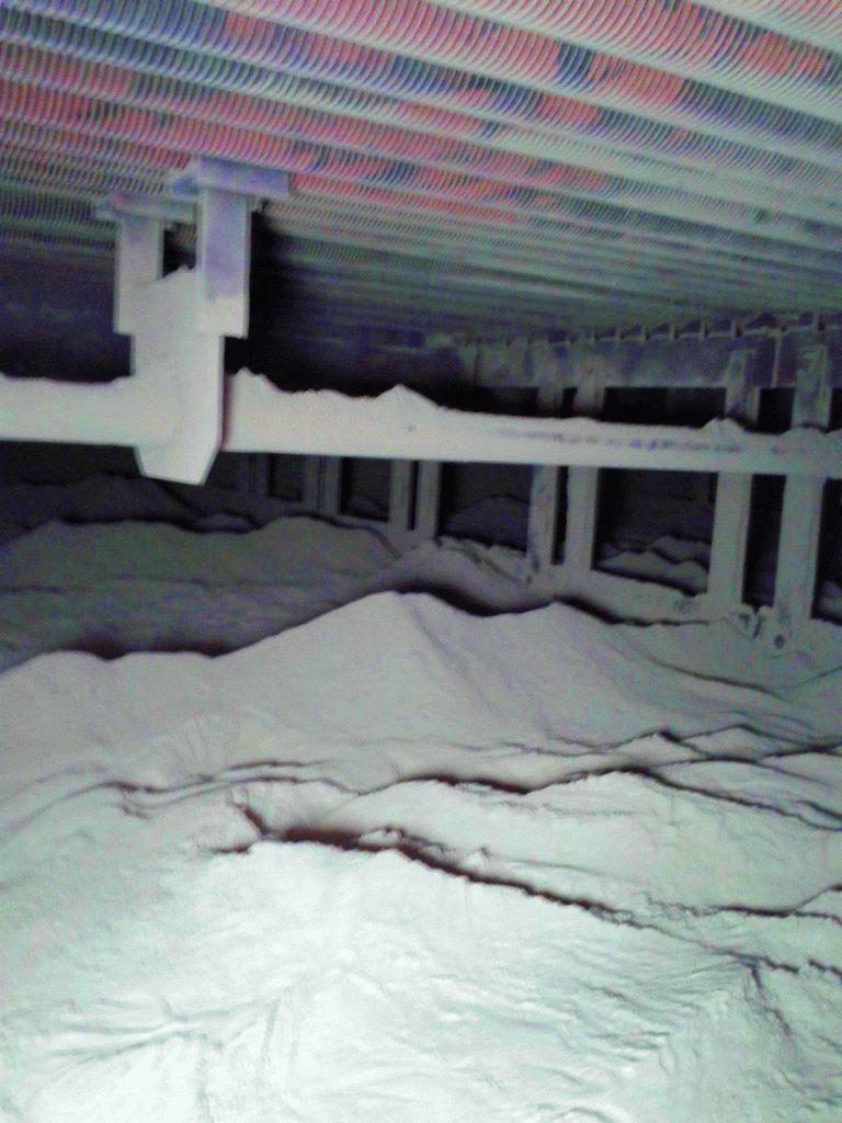 セメント工場ボイラーチューブフィンの清掃